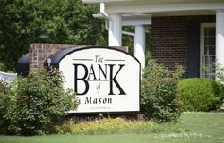 Bank of Mason Tennessee Sign. Bank of Mason Sign, TN provides credit cards, mortgages, commercial banking, auto loans, investing Royalty Free Stock Photos