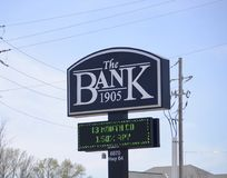 The Bank Oakland, TN. The Bank in Oakland, Tennessee provides credit cards, mortgages, commercial banking, auto loans, investing & retirement planning, checking Stock Images