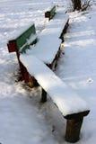 Bank onder de sneeuw Royalty-vrije Stock Foto