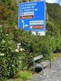 Bank op de kust van Como-meer Stock Foto's