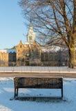 Bank in sneeuw buiten Krankzinnig Asiel trans-Allegheny royalty-vrije stock afbeelding