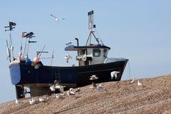 Bank van de vissersboot de hoge omhoog dakspaan stock afbeeldingen