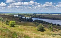 Bank van Oka-rivier Centraal Rusland, Ryazan gebied stock foto's