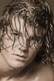 bankar den långa manlign för hår Royaltyfria Bilder