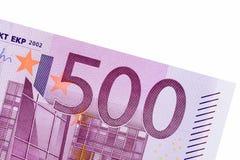 Bankbiljet van vijf honderd euro op witte achtergrond Stock Afbeeldingen