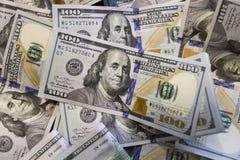 Bankbiljetrekeningen van honderd Amerikaanse dollars stock foto