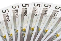 Bankbiljetten op vijf euro stock foto's