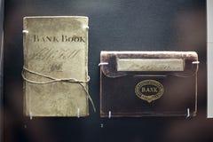 Bankboek Londen en Zuidwestelijk in British Museum, Londen, Engeland, het Verenigd Koninkrijk December 2017 wordt beperkt die royalty-vrije stock foto