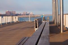 Banken bij Coney Island-Pijler Royalty-vrije Stock Afbeeldingen
