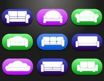 Banken en lagenmeubilairpictogrammen voor comfortabele woonkamerillustratie die worden geplaatst Stock Afbeelding
