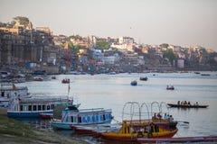 Banken op de heilige rivier van Ganges Royalty-vrije Stock Afbeelding