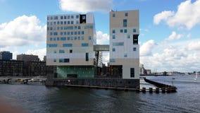 banken van de moderne architectuur van Rijn in Duitsland Stock Fotografie