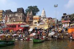 Banker av floden Ganga Royaltyfri Foto