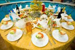 Bankett-Gaststättetabelle des neuen Jahres Lizenzfreies Stockbild