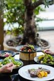 Bankettrestaurantmahlzeit-Aufnahmegesunde ernährung stockbild