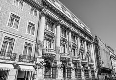 Bankgebäude in Lissabon - banko Totta Acores - LISSABON/PORTUGAL - 15. Juni 2017 Lizenzfreie Stockfotografie