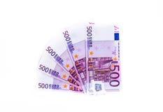 Banknote des Euros 500 lokalisiert auf weißem Hintergrund Ei auf goldenem Hintergrund Lizenzfreie Stockfotos