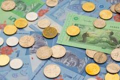 Banknoten und Münzen von Malaysia sind in der Zirkulation stockbilder