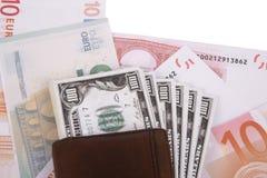 Banknoten unter Geldbörse Lizenzfreies Stockfoto