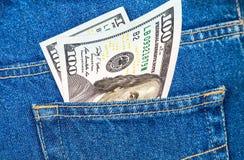 Banknoten von hundert U S Dollarschein Stockfotos