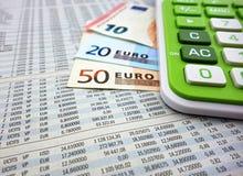 banknotes calculator euro Royaltyfri Foto