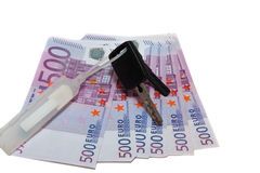 Banknotes of 500 euros and the car keys Royalty Free Stock Photography