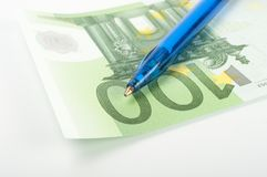 Banknotes and pen Royalty Free Stock Photography