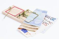 Banknoty w mousetrap obraz royalty free
