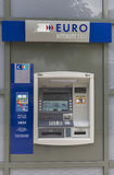 Bankomat de rue Photographie stock libre de droits