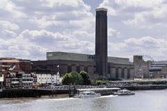 Bankside del Tamigi del fiume di Londra Fotografia Stock Libera da Diritti