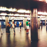 Banlieusards dans la métro de Budapest Photographie stock libre de droits