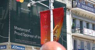 Banner die het 72ste de Filmfestival 2019 adverteren van Cannes stock videobeelden