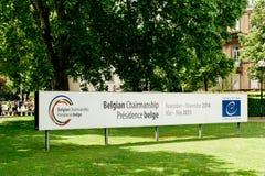 Bannière belge de présidence du Conseil de l'Europe Photos libres de droits