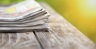 Bannière de journaux - concept d'actualités de matin photographie stock