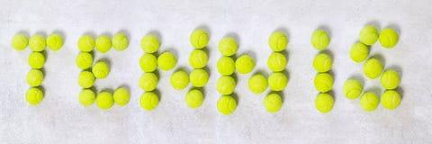 Banni?re de mot de balles de tennis image libre de droits