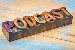 Bannière de Podcast dans le type en bois Photographie stock libre de droits