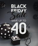 Bannière de vente de Black Friday, avec les ballons noirs Image stock