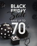 Bannière de vente de Black Friday, avec les ballons noirs Photo stock