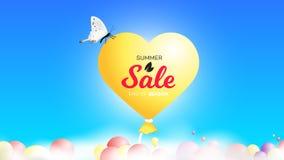 Bannière de vente d'été avec Baloon réaliste s'élevant au-dessus des nuages dans le ciel Fond conceptuel de vecteur Image stock