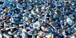 Bannière vidée de canettes de bière images libres de droits