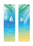 Bannières avec la mer et les palmiers Images stock