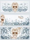 Bannières de crâne de sucre de Dia de Muertos avec fleuri sur un fond ornemental floral abstrait de ressort Jour des morts Photo libre de droits