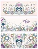 Bannières de crâne de sucre de Dia de Muertos avec fleuri sur un fond ornemental floral abstrait de ressort Jour des morts Photos stock