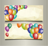 Bannières de vacances avec les ballons colorés de triangle Image stock