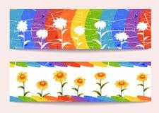 Bannières de vecteur avec des fleurs sur le fond d'arc-en-ciel Photo stock