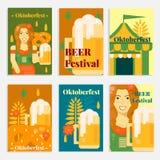 Bannières et cartes d'Oktoberfest dans le style plat Photographie stock libre de droits