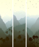 Bannières verticales des montagnes en bois. Photo stock