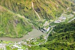 Banos DE Agua Santa Agoyan Dam Aerial Shot stock afbeeldingen