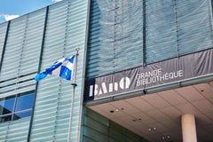 BanQ большое здание публичной библиотеки Bibliotheque в городском Монреале, Квебеке, Канаде стоковое фото