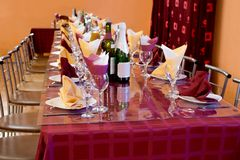 Banquet bordeaux table Royalty Free Stock Photo